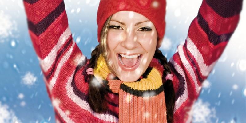 Frau mit Winterbekleidung